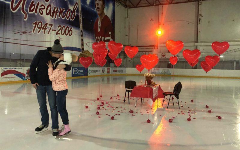 Центр ледовых видов спорта «ПАРНАС» — это место для настоящих романтиков!